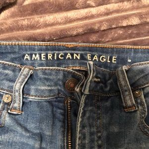 American Eagle Distressed Jeans- High Rise